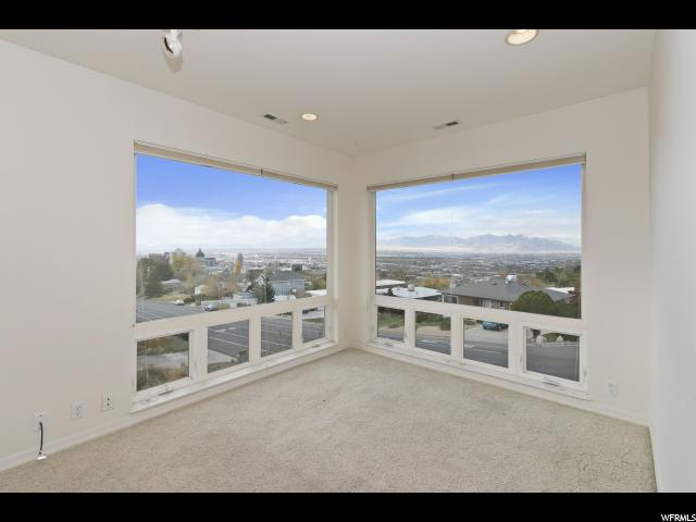 Additional photo for property listing at 704 N EAST CAPITOL Boulevard 704 N EAST CAPITOL Boulevard Salt Lake City, Utah 84103 United States