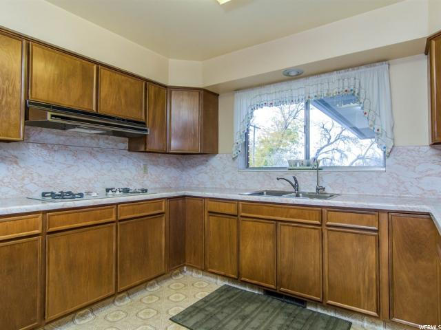 Additional photo for property listing at 2632 W BLAKE Drive 2632 W BLAKE Drive Taylorsville, Utah 84129 United States
