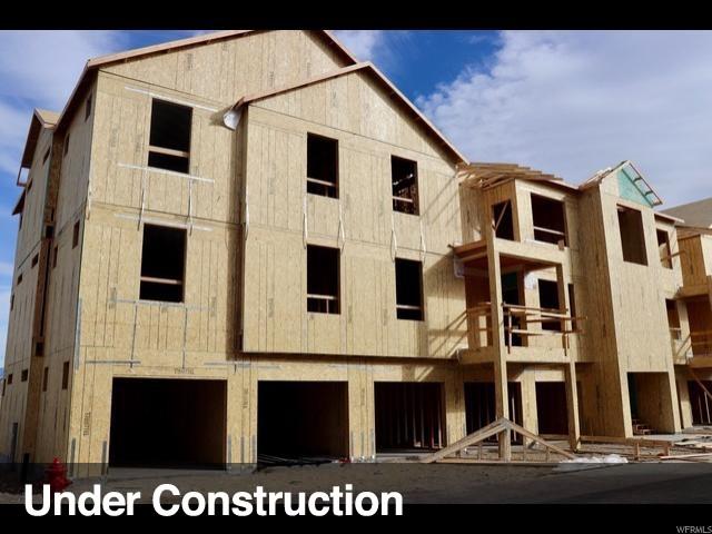 Appartement en copropriété pour l Vente à 13227 S ANDROS Lane 13227 S ANDROS Lane Unit: I204 Herriman, Utah 84096 États-Unis