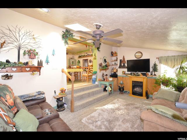 Additional photo for property listing at 4505 S 2300 W 4505 S 2300 W Roy, Utah 84067 United States