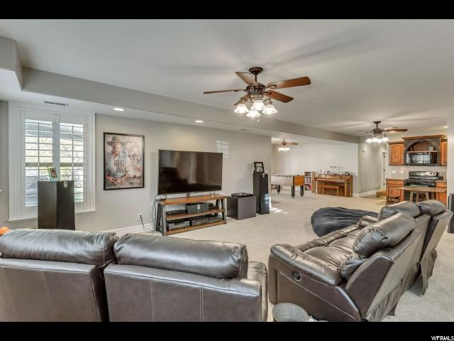 163 E 1400 Kaysville, UT 84037 - MLS #: 1490259