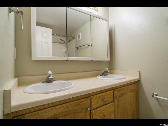 Additional photo for property listing at 465 N 300 W 465 N 300 W Unit: 20 Provo, Utah 84601 États-Unis