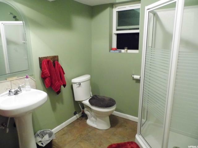 Additional photo for property listing at 1769 N 2850 W 1769 N 2850 W Clinton, Utah 84015 États-Unis