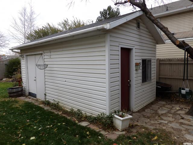 550 E MEADOW HILL DR Sandy, UT 84070 - MLS #: 1490334