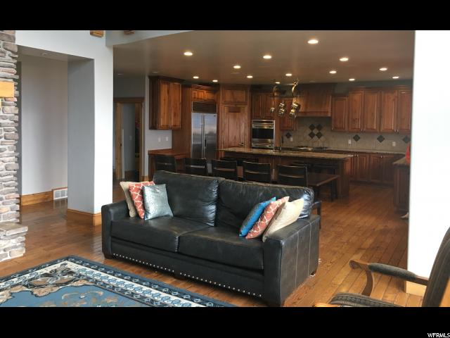 Additional photo for property listing at 3448 S 5700 W 3448 S 5700 W Wellsville, Utah 84339 Estados Unidos