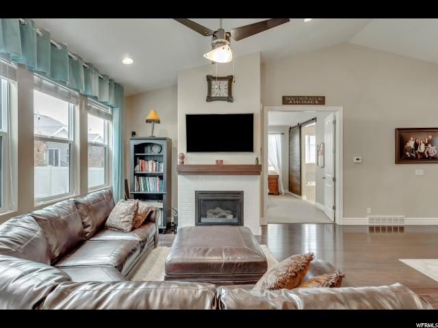 Additional photo for property listing at 218 E ST. GERMAIN WAY 218 E ST. GERMAIN WAY Sandy, Utah 84070 United States