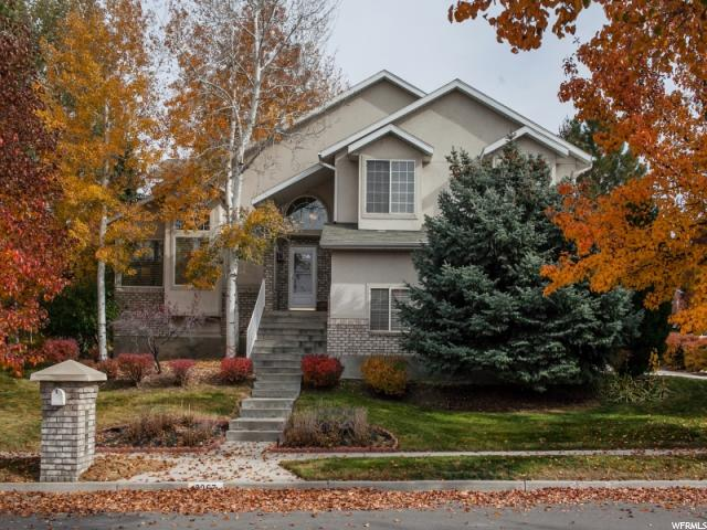 Single Family للـ Sale في 8067 S TWELVE PINES Drive 8067 S TWELVE PINES Drive Sandy, Utah 84094 United States