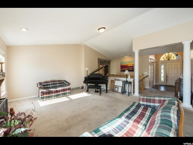 Additional photo for property listing at 1444 E 2400 N 1444 E 2400 N Layton, Utah 84040 Estados Unidos