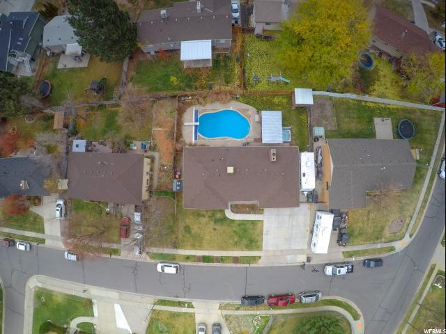 Additional photo for property listing at 9261 S 1480 E 9261 S 1480 E Sandy, Utah 84093 United States