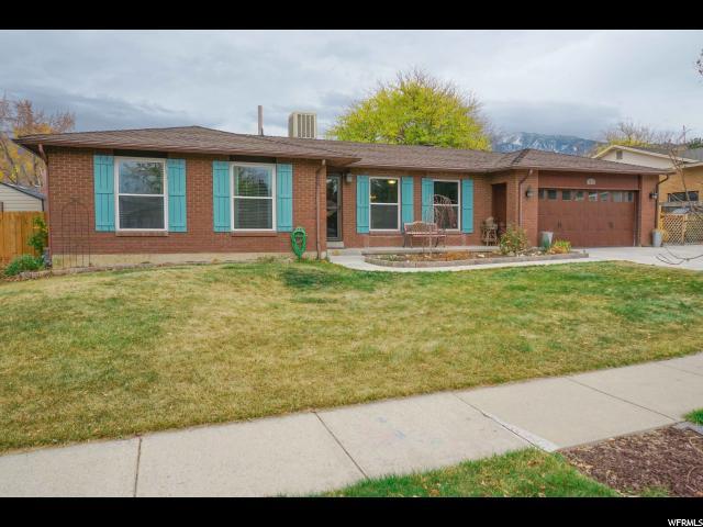 Single Family للـ Sale في 9261 S 1480 E 9261 S 1480 E Sandy, Utah 84093 United States