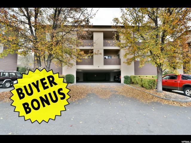 Appartement en copropriété pour l Vente à 9237 S JEFFERSON CV 9237 S JEFFERSON CV Sandy, Utah 84070 États-Unis