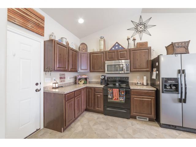 3413 S RED SHOULDERED TRL Saratoga Springs, UT 84045 - MLS #: 1490558