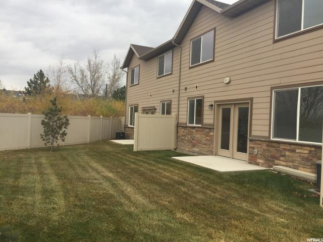 Additional photo for property listing at 89 E 8000 S 89 E 8000 S Sandy, Utah 84070 États-Unis