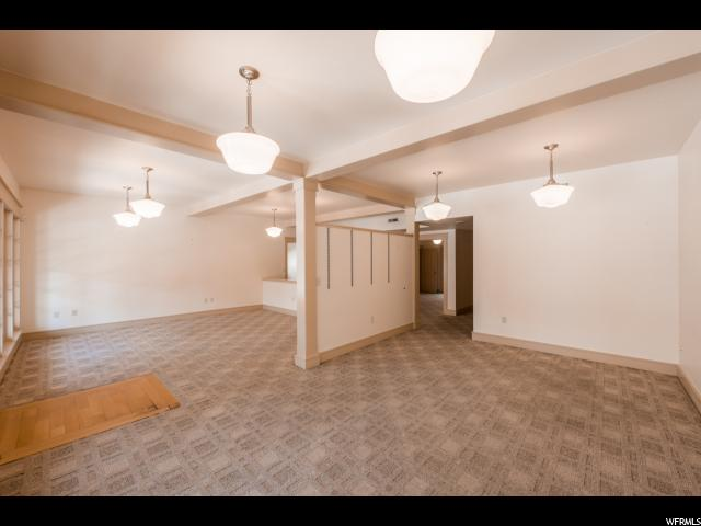 Additional photo for property listing at 1115 S 900 E 1115 S 900 E Salt Lake City, Юта 84105 Соединенные Штаты