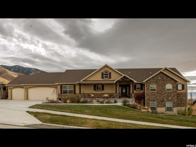 Unique la famille pour l Vente à 2266 E 3025 N 2266 E 3025 N North Logan, Utah 84341 États-Unis