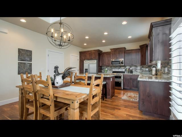 Additional photo for property listing at 994 S IRIS Lane 994 S IRIS Lane Mapleton, Utah 84664 Estados Unidos