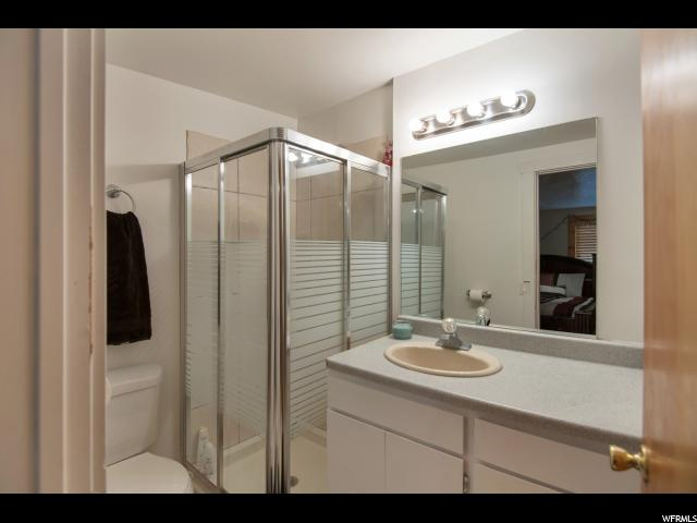 Additional photo for property listing at 2828 S 2910 W 2828 S 2910 W West Valley City, Юта 84119 Соединенные Штаты
