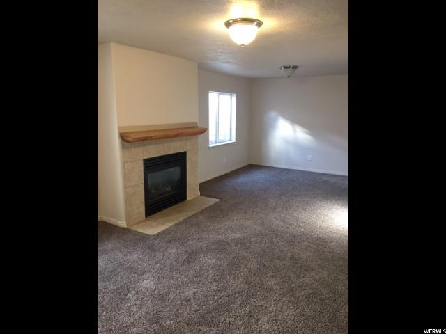 Additional photo for property listing at 7964 S 7110 W 7964 S 7110 W West Jordan, Юта 84088 Соединенные Штаты