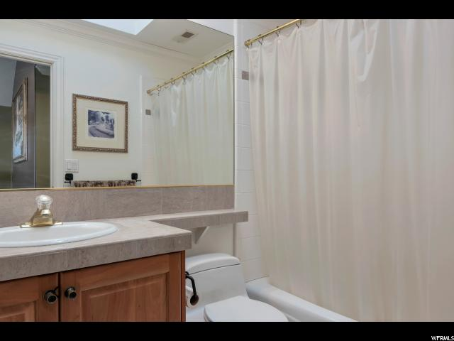 Additional photo for property listing at 2081 N EVANS WAY 2081 N EVANS WAY Farmington, 犹他州 84025 美国