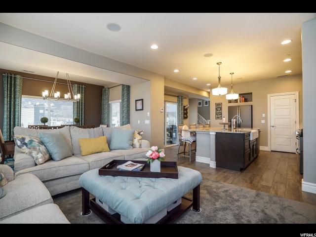 Additional photo for property listing at 10 S RIO GRAND Avenue 10 S RIO GRAND Avenue Farmington, Utah 84025 États-Unis