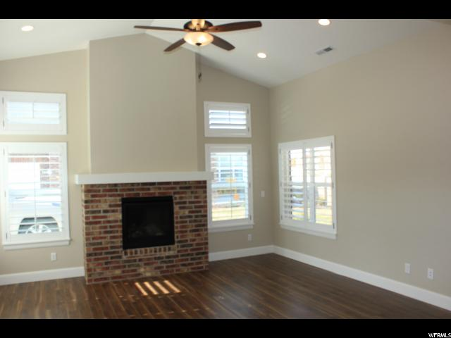 3232 W HARVEST CHASE DR Unit 213 South Jordan, UT 84095 - MLS #: 1490945