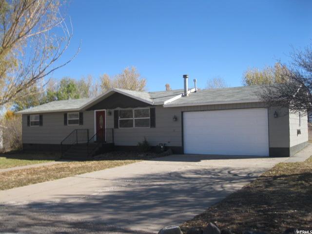 Single Family للـ Sale في 145 S 300 E 145 S 300 E Annabella, Utah 84711 United States