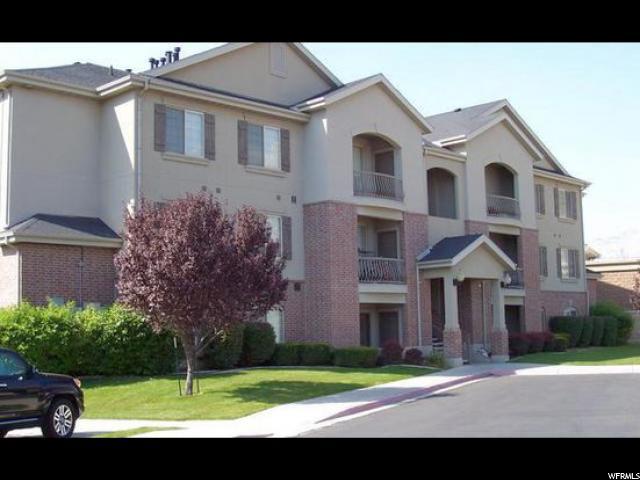 共管式独立产权公寓 为 销售 在 169 S PLEASANT GROVE Boulevard 169 S PLEASANT GROVE Boulevard Unit: 57 Pleasant Grove, 犹他州 84062 美国