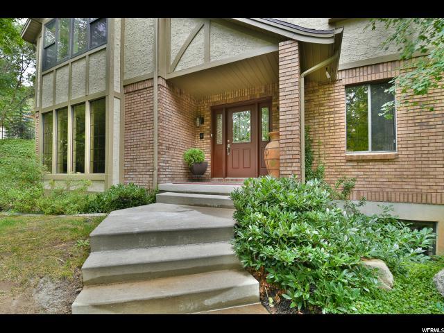 Additional photo for property listing at 2047 S RIDGEHILL Drive 2047 S RIDGEHILL Drive Bountiful, Utah 84010 Estados Unidos