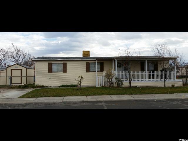 واحد منزل الأسرة للـ Sale في 3328 W HANOVER PARK Drive 3328 W HANOVER PARK Drive Unit: 239 West Valley City, Utah 84119 United States
