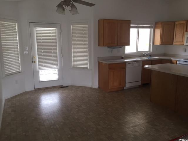 Additional photo for property listing at 2240 N 515 E 2240 N 515 E North Ogden, 犹他州 84414 美国