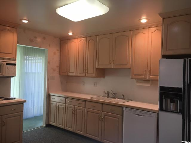 Additional photo for property listing at 5171 S 1870 E 5171 S 1870 E Holladay, Utah 84117 United States