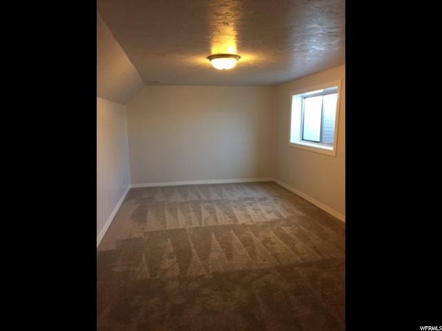 Additional photo for property listing at 5878 S SALEM Avenue 5878 S SALEM Avenue Taylorsville, Utah 84118 Estados Unidos