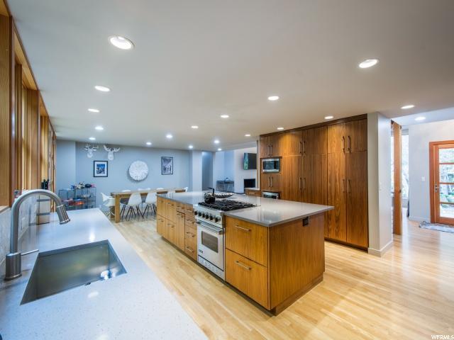 Additional photo for property listing at 1778 E MILL Lane 1778 E MILL Lane Salt Lake City, Utah 84106 Estados Unidos