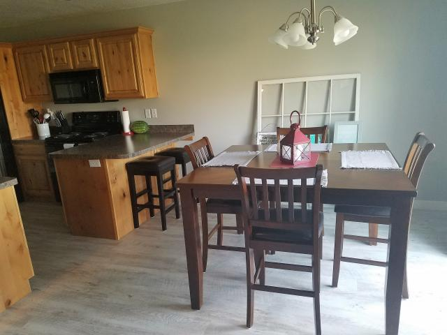 Additional photo for property listing at 426 E 1525 N 426 E 1525 N North Ogden, 犹他州 84404 美国