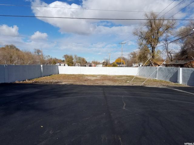 Additional photo for property listing at 4340 W 3500 S 4340 W 3500 S West Valley City, Utah 84120 United States