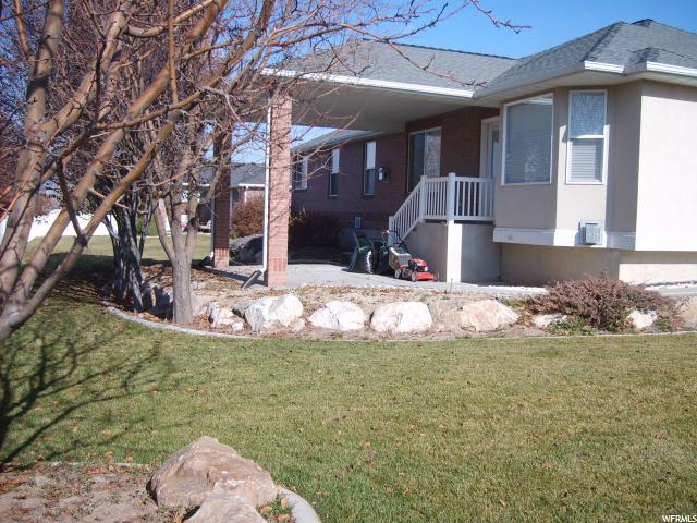 Additional photo for property listing at 1403 N 1435 W 1403 N 1435 W Clinton, Utah 84015 United States