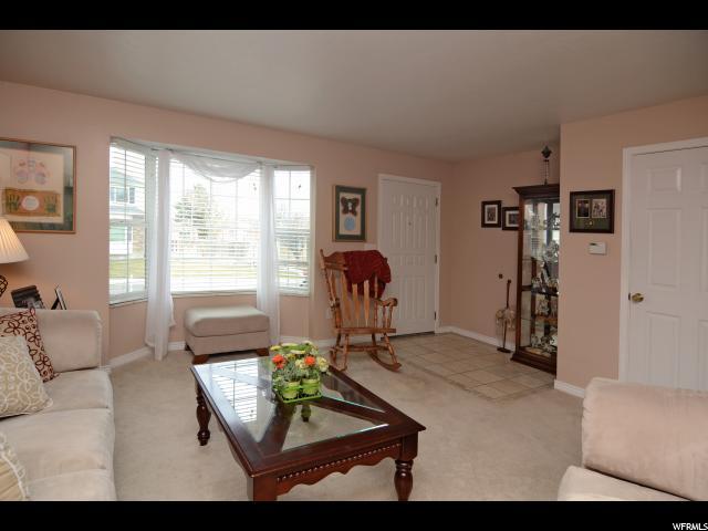 Additional photo for property listing at 2487 W MARSHA BROOK Circle 2487 W MARSHA BROOK Circle Taylorsville, Юта 84129 Соединенные Штаты