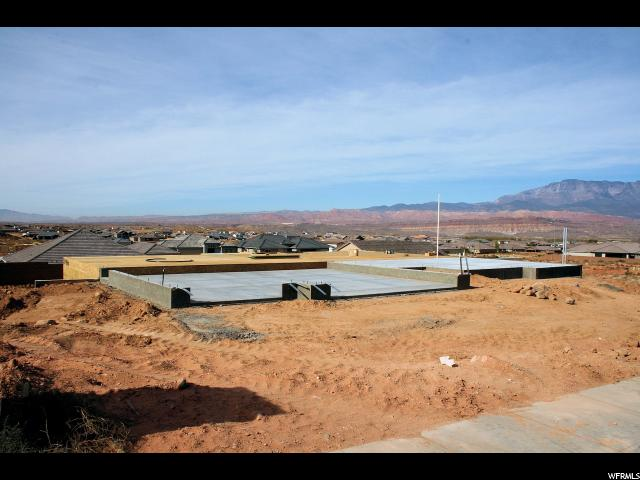 Additional photo for property listing at 2814 S 3200 W 2814 S 3200 W Hurricane, Utah 84737 Estados Unidos