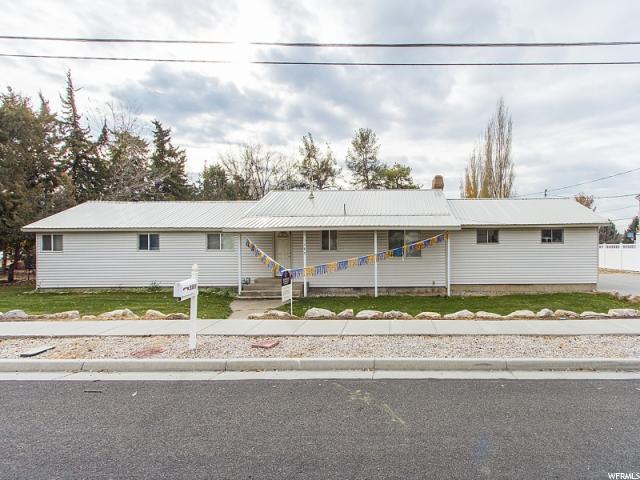Один семья для того Продажа на 3589 W GORDON Avenue 3589 W GORDON Avenue Layton, Юта 84041 Соединенные Штаты
