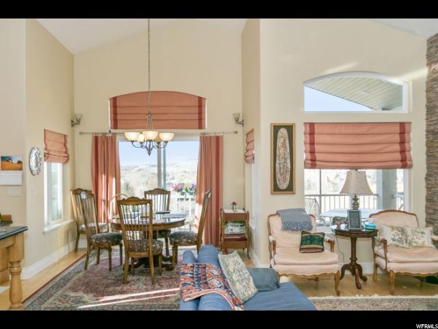 Additional photo for property listing at 1827 E BEAR CLAW Circle 1827 E BEAR CLAW Circle Draper, Utah 84020 United States
