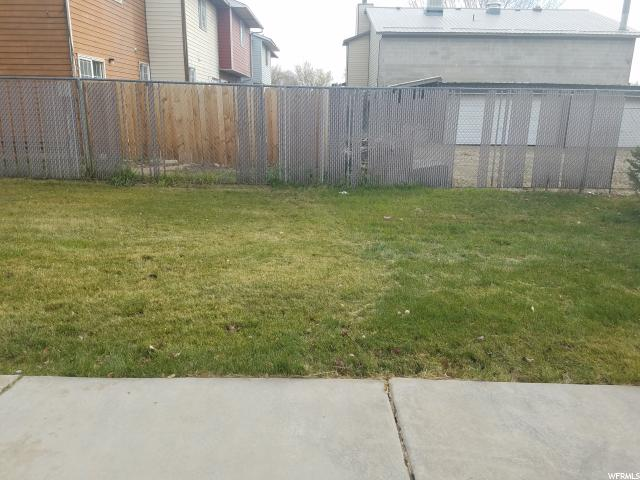Additional photo for property listing at 570 N 100 E 570 N 100 E Vernal, Utah 84078 United States