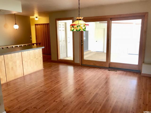 Additional photo for property listing at 6555 S 1670 E 6555 S 1670 E Holladay, Юта 84121 Соединенные Штаты