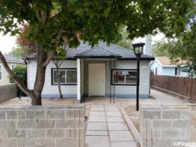 Single Family للـ Sale في 1554 W RUSSETT Avenue 1554 W RUSSETT Avenue Salt Lake City, Utah 84119 United States