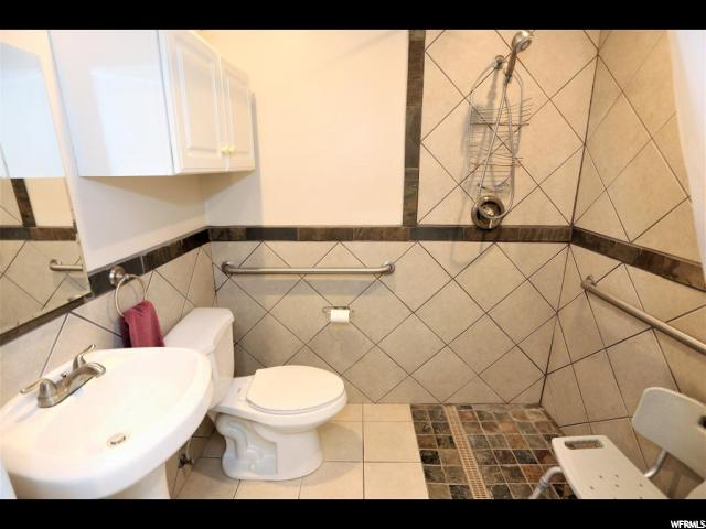 Additional photo for property listing at 830 N MAIN 830 N MAIN 梅普尔顿, 犹他州 84664 美国