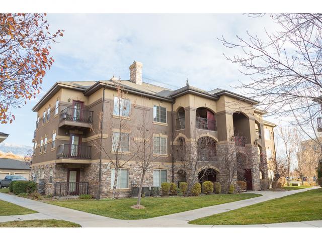 共管式独立产权公寓 为 销售 在 684 S 2150 W 684 S 2150 W Unit: 304 Pleasant Grove, 犹他州 84062 美国