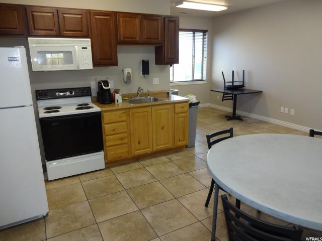 Additional photo for property listing at 250 W 500 S 250 W 500 S Spanish Fork, Utah 84660 Estados Unidos