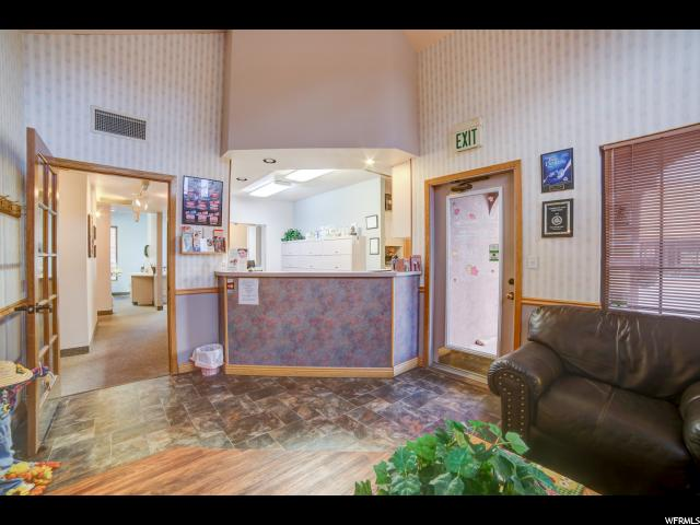 Additional photo for property listing at 570 W 400 N 570 W 400 N Moab, Utah 84532 États-Unis