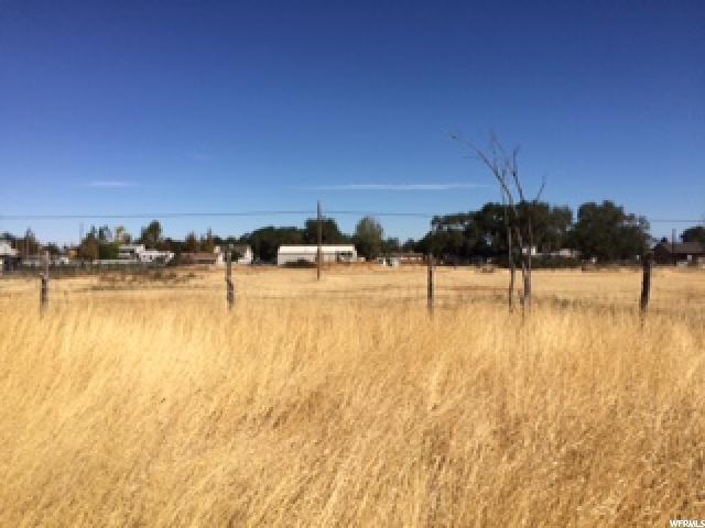 Additional photo for property listing at 358 W DURFEE Street 358 W DURFEE Street Grantsville, Utah 84029 États-Unis