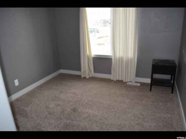 Additional photo for property listing at 733 W 770 N 733 W 770 N Tooele, Utah 84074 Estados Unidos