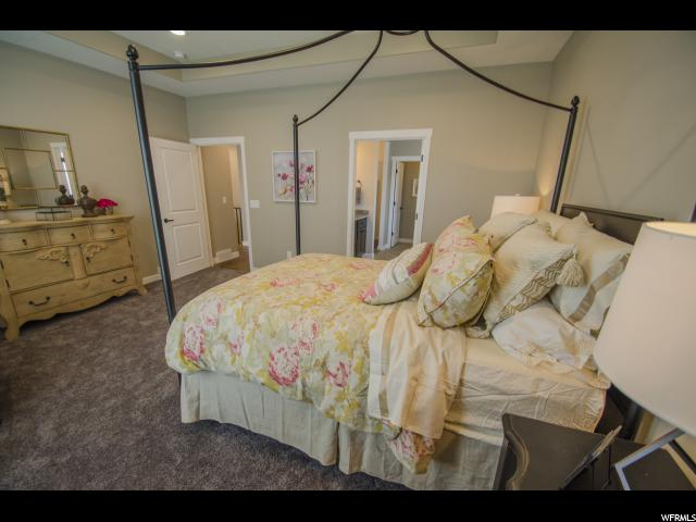 Additional photo for property listing at 5694 S 600 E 5694 S 600 E Unit: 13 Washington Terrace, Юта 84405 Соединенные Штаты